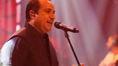 Rahat Fateh Ali Khan will be awared honorary degree by Oxford University hire famous singers