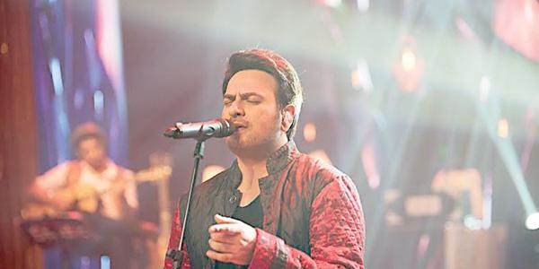 Shiraz Uppal Shares His Childhood Best Memories hire famous singers