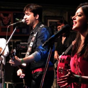 Laal Band hire famous singers